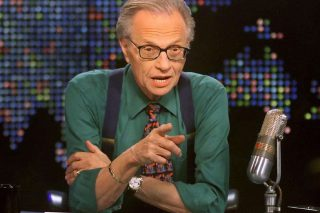 TV perde Larry King para a Covid